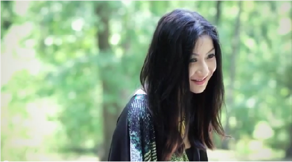 Susan Wong – Torn Between Two Lovers MV
